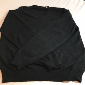 Cashmere sweater size small black v neck